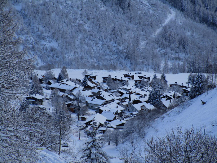 First snow falls in Chamonix Valley