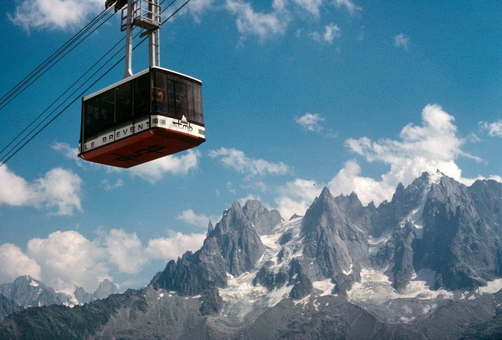 The Brévent cable car, photo source @ledauphine.com