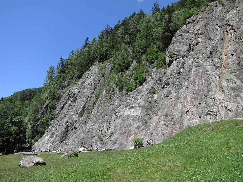 Site d'escalade des Gaillands à Chamonix. O.Taris / CC BY-SA (https://creativecommons.org/licenses/by-sa/3.0)