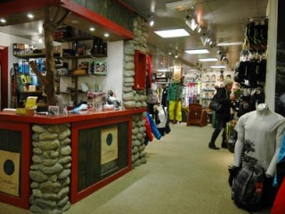 Telemark Shops: Buying or renting telemark equipment in Chamonix Valley, France