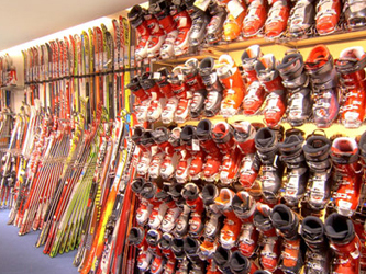 Sports Clothes Shops & Equipment Rental Stores In the Chamonix Valley