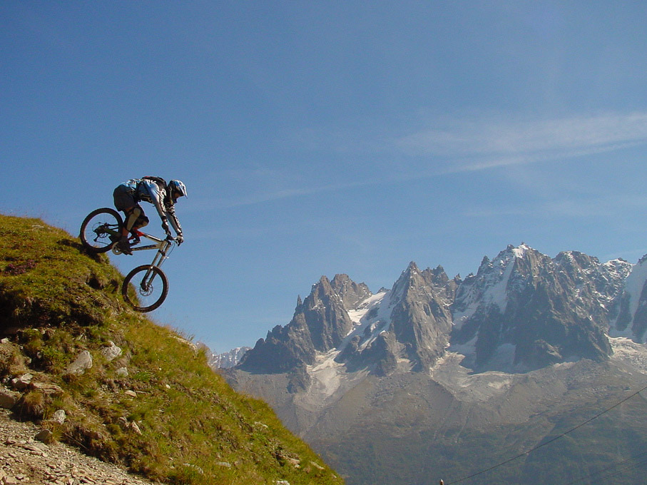 chamonix downhill mountain bike