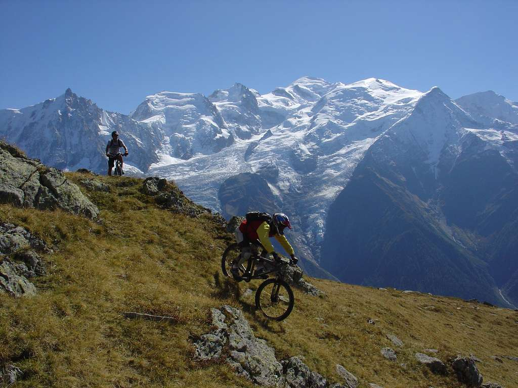chamonix downhill mountain bike races