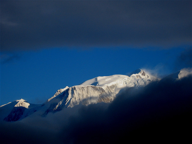 Le Massif du Mont-Blanc. Photo source: @www.camptocamp.org