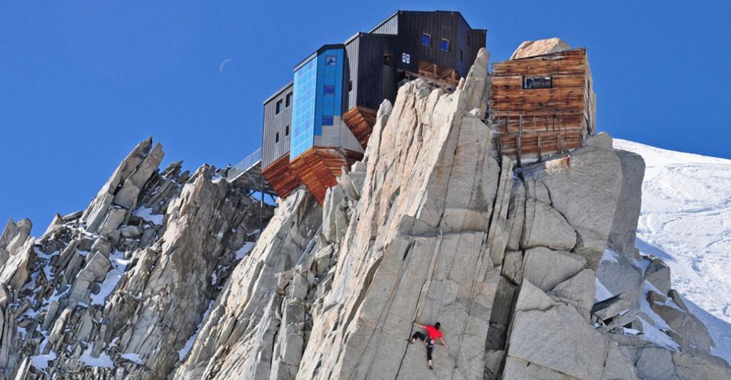 Refuge des Cosmiques Massif du Mont Blanc