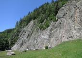 Gaillands climbing site in Chamonix. O.Taris / CC BY-SA (https://creativecommons.org/licenses/by-sa/3.0)