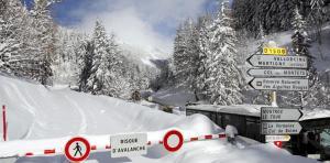 La route du Col des Montets reste fermé