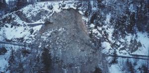 The Col de la Forclaz closed until March 2018. Photo source: @www.lenouvelliste.ch