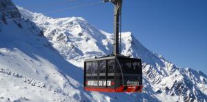 Aiguille du Midi: Opening 1st section on 18 Dec 2017