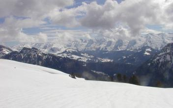 Aravis Mountains, by Semnoz, licensed under CC BY 3.0, found on https://commons.wikimedia.org