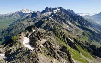 The Aiguilles Rouges in Chamonix. Photo source: @Google Maps.