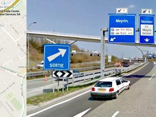 Take exit 4 Vernier to leave the Autoroute 1