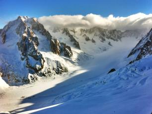 Les Grand Montets, Chamonix Mont-Blanc France, by trailsource.com, licensed under CC BY 2.0, found on https://www.flickr.com/photos/trailsource/5421637469