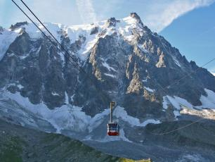 The Aiguille du Midi cable car route in Chamonix