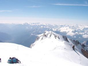 Vue depuis le sommet du Mont Blanc