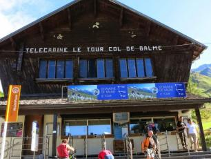 A public inquiry into the project to replace the Charamillon gondola and associated facilities on the Balme ski area. Photo source @PlanetChamonix