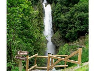 Chedde Waterfall, near Passy, photo sourse @savoie-mont-blanc.com