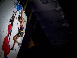 The South Korean climber Jain Kim placed 2nd. Photo source: @Rémi Fabregue