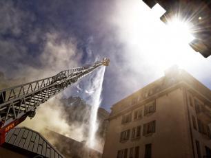 Un incendie majeur a eu lieu dans le centre de Chamonix le 20 août 2020. Photo source @Le Dauphine