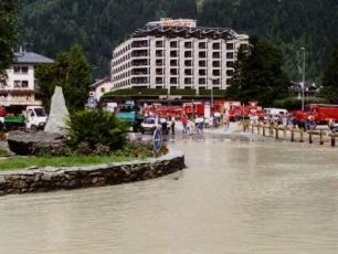 Floods in Chamonix, photo @ https://www.chamonet.com/