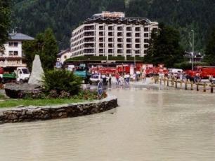 Floods in Chamonix, photo @ https://www.chamonet.com/