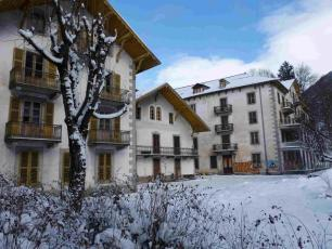 The old Couttet buildings will be renovated and turned into a five-star hotel, photo source @chamonix.fr