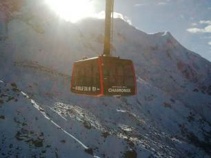 The Aiguille du Midi is ready to re-open its doors with new cable cars to all lovers of high altitude