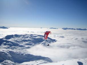 Aigulle du Midi Paragliding in Chamonix