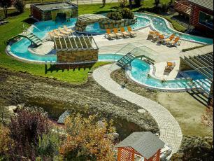 Les Bains de Saillon, disponible sur https://www.bainsdesaillon.ch/fr/baths/thermal-park/