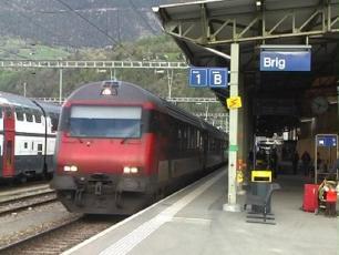 Железнодорожный вокзал города Бриг- Поезда SBB