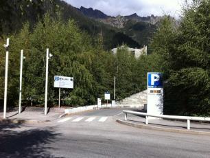 Parking Place du Mont Blanc in Chamonix