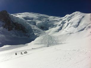 L'impressionante Face Nord du Mont Blanc avec ses seracs