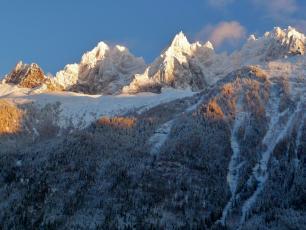Aiguilles de Chamonix dans le Massif du Mont-Blanc