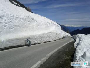 Road to Emosson Dam (Switzerland)