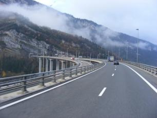 Autoroute Blanche or A40 takes you directly to Chamonix