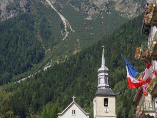 Le Brevent, vu du  centre ville de Chamonix