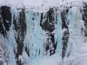 Crémerie du Glacier,Cascades de Glace à Chamonix