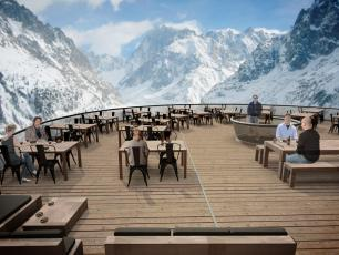 The terrace of Panoramique Mer de Glace