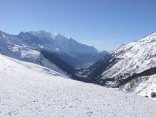 Склоны горнолыжного курорта Лез Уш