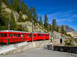 Montenvers Train to Mer de Glace