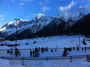 Open air ice skating rink in Les Houches