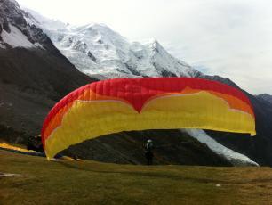 Chamonix Paragliding - Plan de l'Aiguille take off