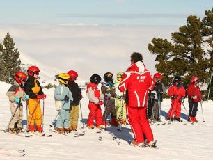 Apprentissage du  Ski & Snowboard pour les enfants à Chamonix
