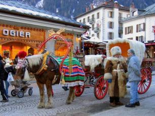 Horse-drawn carriage in Chamonix.