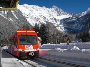 Le Mont Blanc Express à la gare d'Argentière