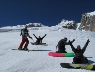 Snowboarders in the Vallée Blanche in Chamonix
