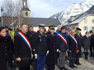 Monday afternoon 5th February 2018, in front of the Anselme barracks, was unveiled a bronze sculpture, a return on the history and creation of this elite unit. Photo source: @ledauphine.com