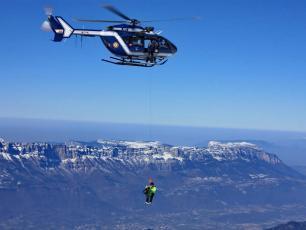 Hélicoptère PGHM Chamonix de l'équipe de secours en montagne