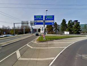 Follow signs for Metrin Vernier/ P51 Illimite. Do not follow signs for Aeroport/ Palexpo Arena