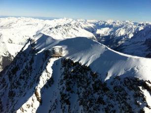 Goûter Refuge (3815 m).